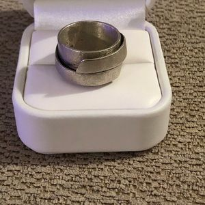 Jewelry - Cool vintage ring silver size 8.5-9